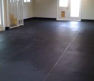 Smilin Dogs daycare facility